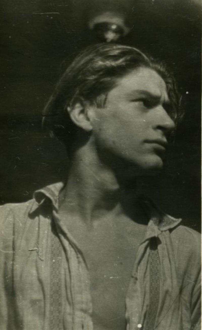 Евгений Михнов-Войтенко - студент